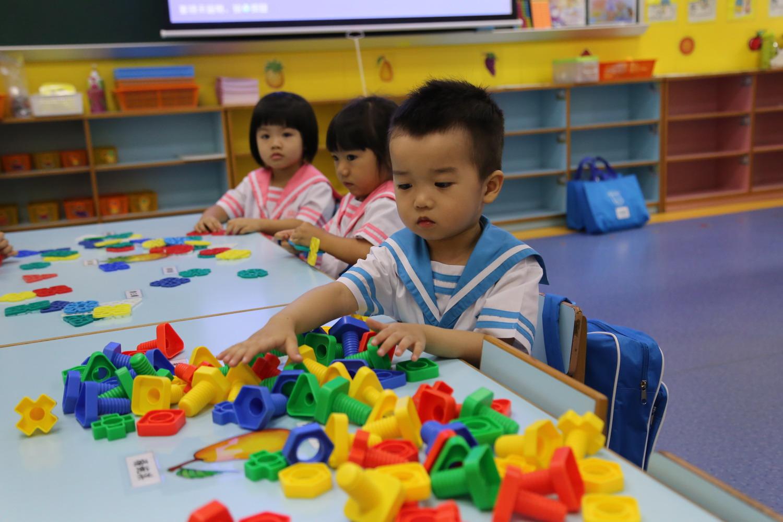 幼稚園K1第一天上課情況